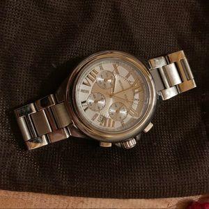 Chunky Michael Khors silver watch